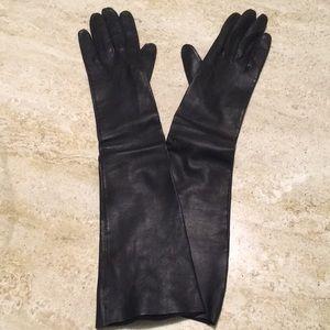 Accessories - Vintage Black leather evening gloves